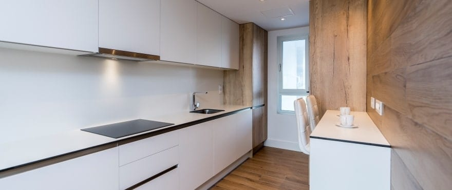 Pier, modern kitchen. Fully fitted and equipped with appliances